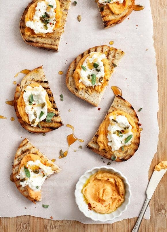 sweet potato tahini crostini / loveandlemons.com