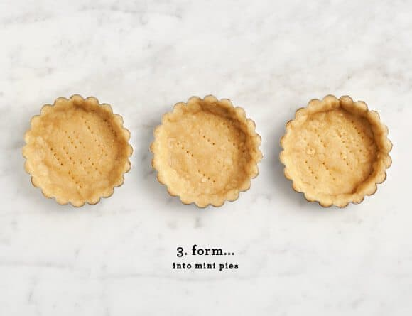 vegan mini pumpkin pies / loveandlemons.com