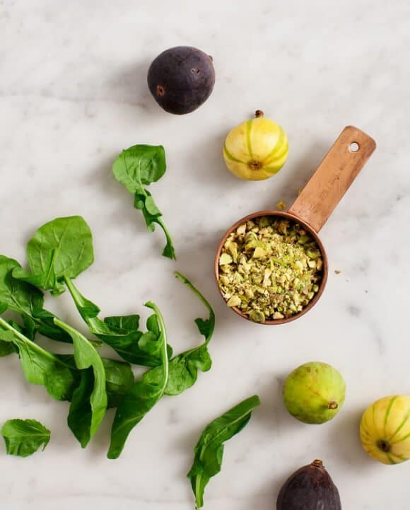 Fig and Arugula Salad w/ Pistachio Pesto / @loveandlemons