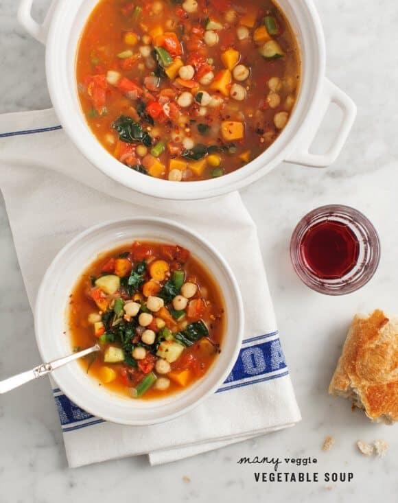 Many Veggie Vegetable Soup / www.loveandlemons.com