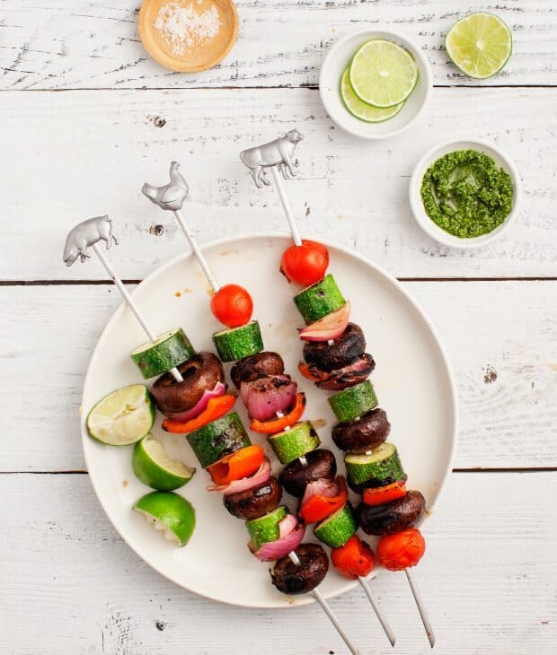 Marinated Mushroom Vegetable Skewers / loveandlemons.com