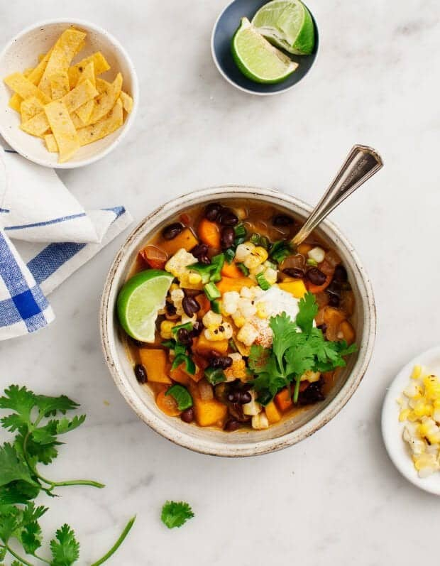 Butternut Squash Black Bean Chili - A hearty spicy vegetarian chili ...