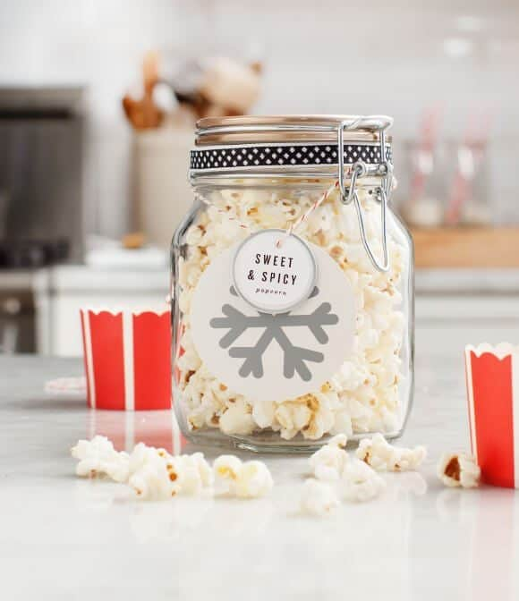 Sweet & Spicy Popcorn / @loveandlemons