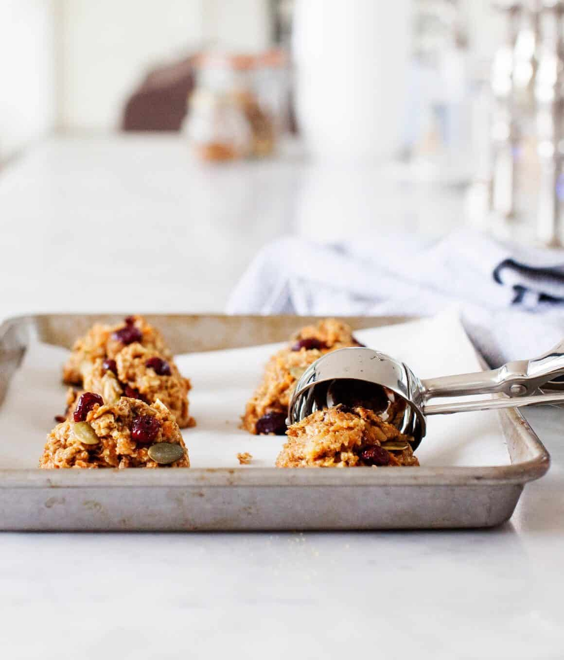 Carrot Quinoa Oatmeal Breakfast Cookies - A healthy, quick breakfast ...
