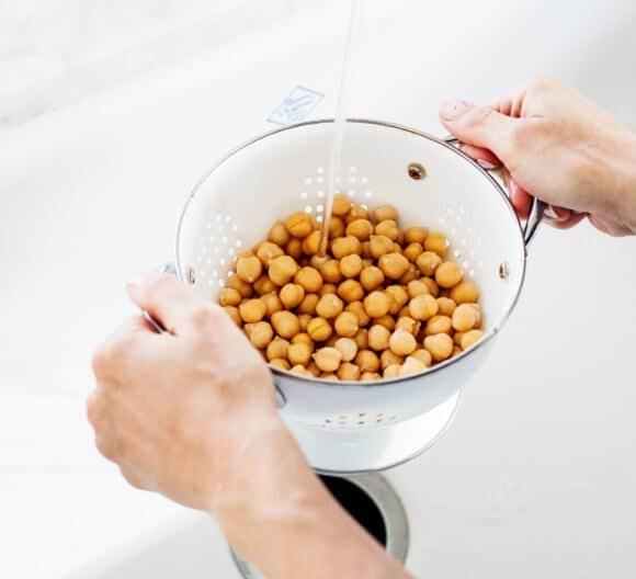 chickpeas for Food Bloggers Against Hunger / loveandlemons.com