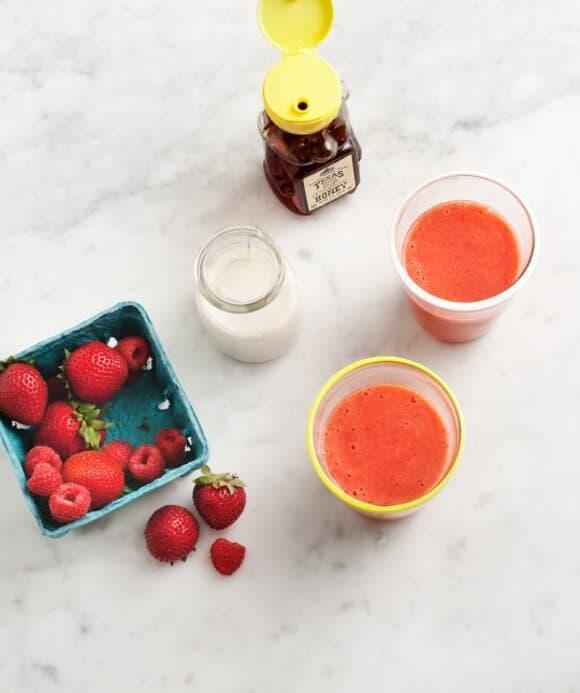 berry smoothies // loveandlemons.com
