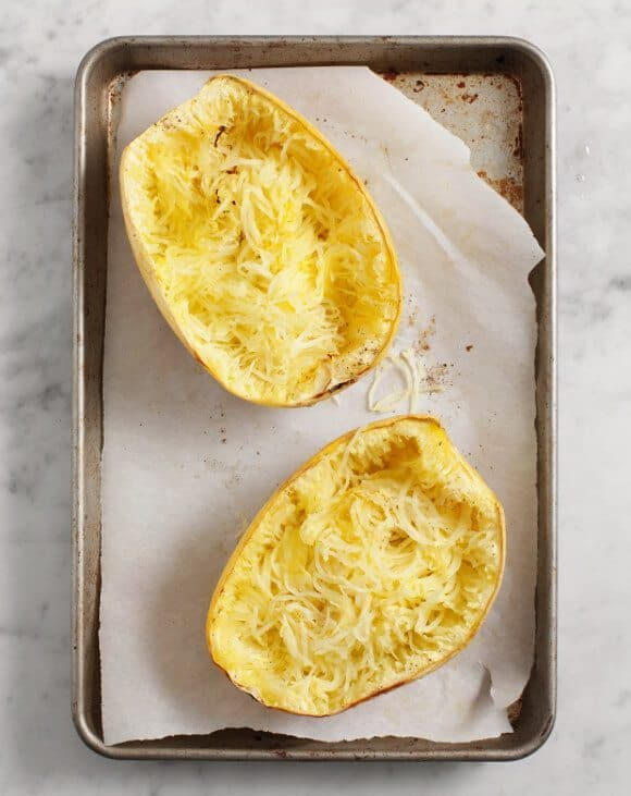 Spaghetti Squash with Chickpeas and Kale / @loveandlemons #glutenfree