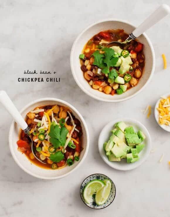 Easy Black Bean & Chickpea Chili / www.loveandlemons.com