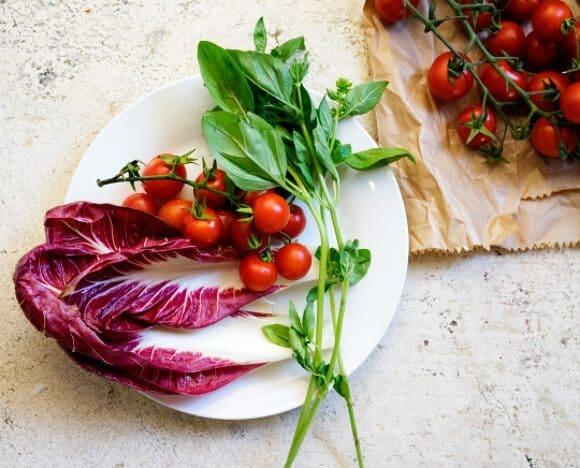 Peach & Radicchio Salad / loveandlemons.com