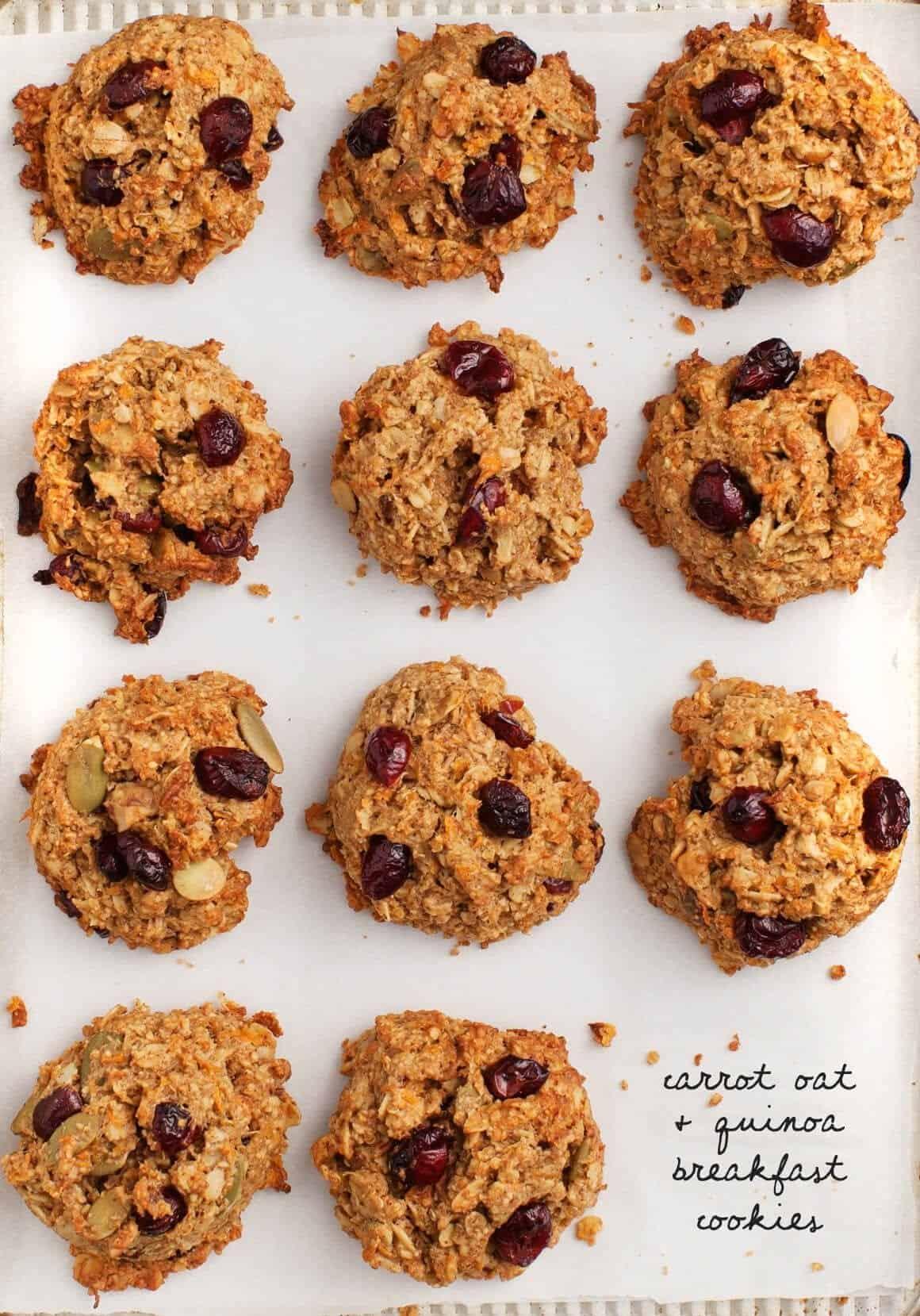 Carrot Quinoa Oatmeal Breakfast Cookies / vegan & gluten free