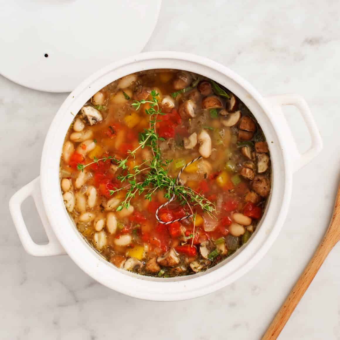White Bean Tomato Mushroom Soup