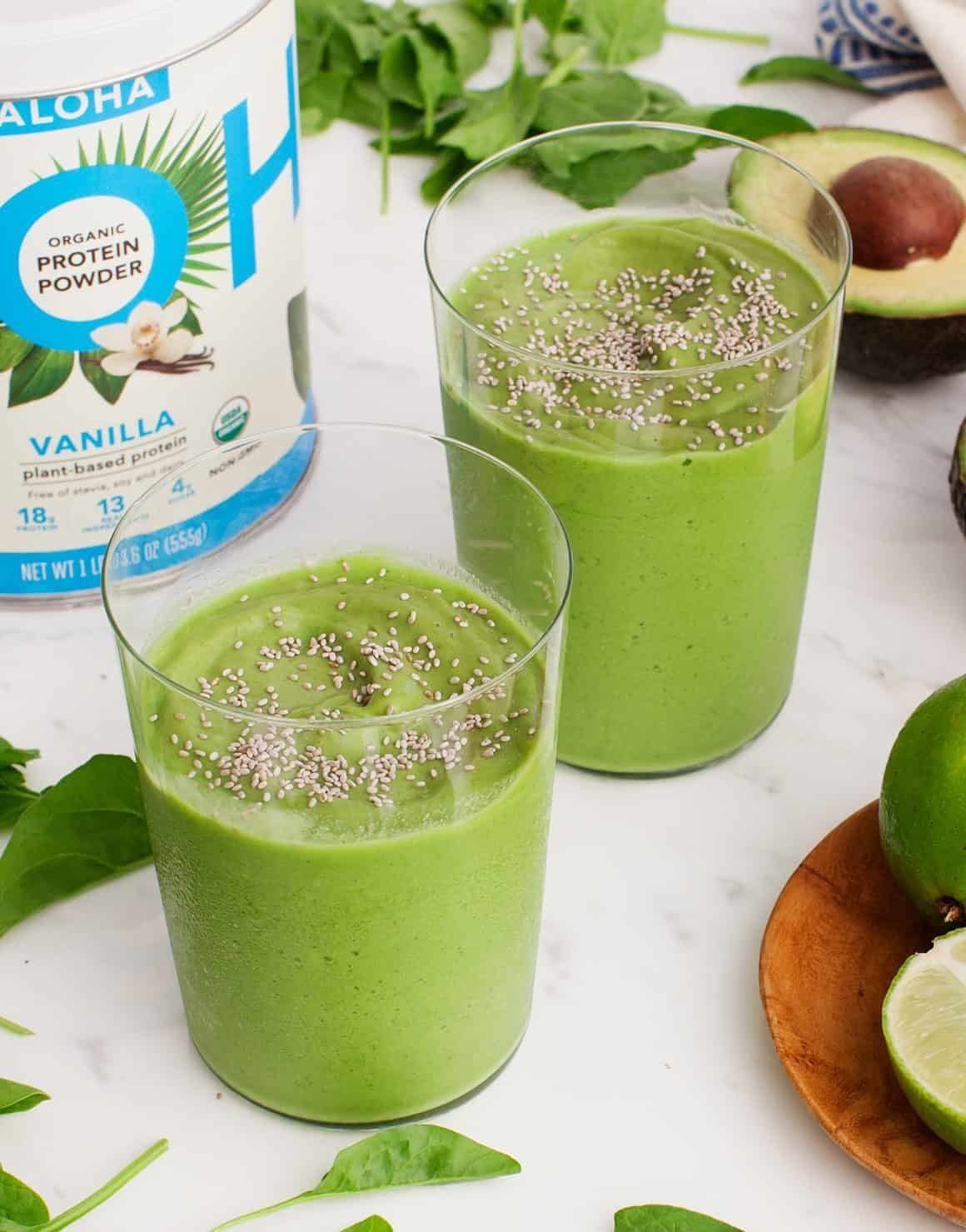 Creamy Avocado Lime Smoothies