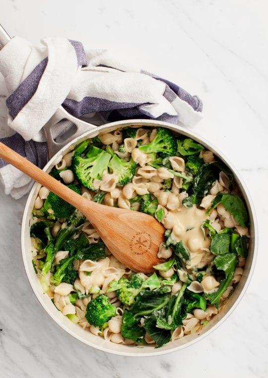 Creamy White Bean Shells with Broccoli